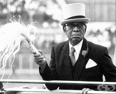 Доктор Хейстингс Банда: лекарят-диктатор, станал президент на Малави през 1966 г. - изображение