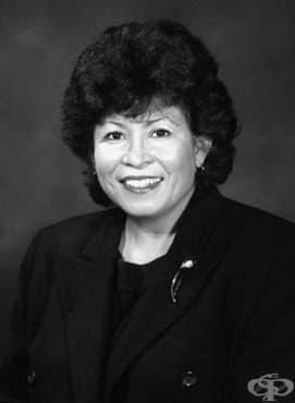 Елена Риос и приносът й за развитието на медицината в САЩ през 90-те години на 20 век - изображение