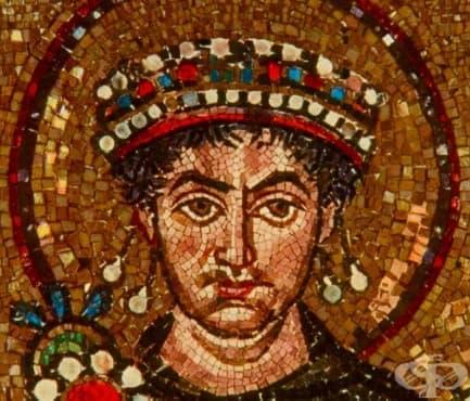 Лудият византийски император Юстин II, който чувал гласове и хапел хората - изображение