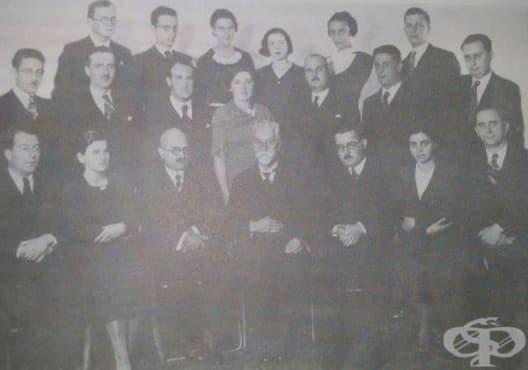 Лекари, допринесли за развитието на педиатрията у нас през 20-ти век - изображение