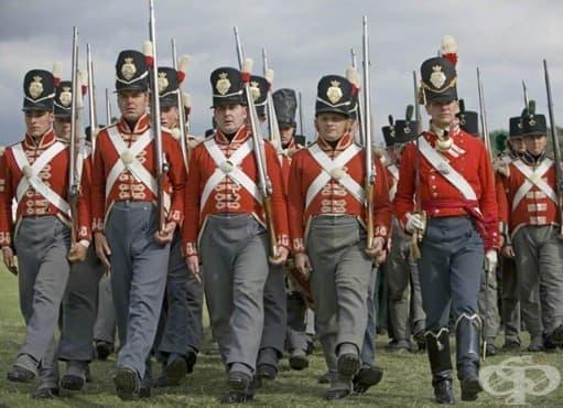 Опасни военни униформи, които убиват много войници през вековете - изображение