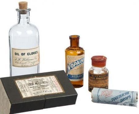 Популярни стоматологични упойки от миналото - изображение
