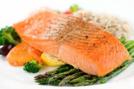 10 високомазнинни храни, които ще ви помогнат да отслабнете - изображение