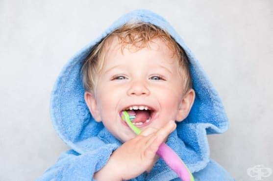 Свързан ли е кариесът на млечните зъби с дългото кърмене - изображение