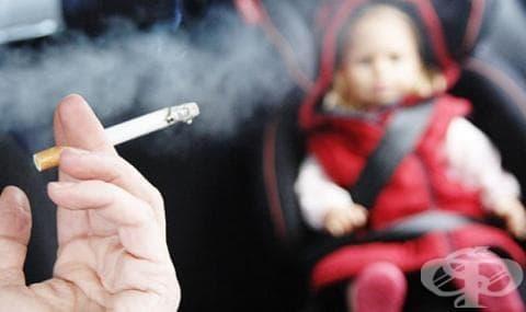 Дете в автобил и пушещ шофьор