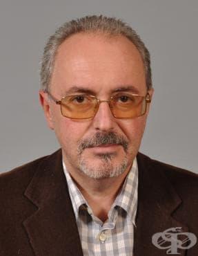Доц. Владимир Ходжев: 90% от всички смъртни случаи на ХОББ са причинени от тютюнопушене - изображение