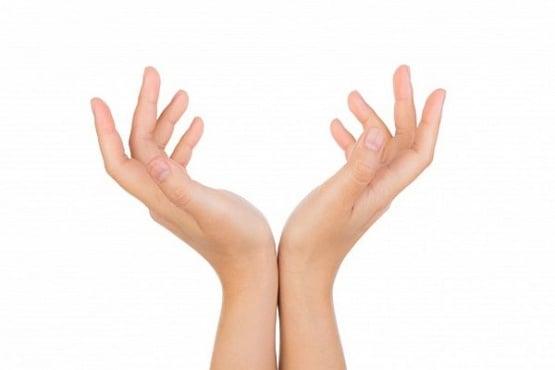 Разтълкувайте женската природа по формата на ръцете - изображение