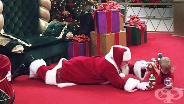 Вижте какво направи този Дядо Мраз, за да зарадва дете с аутизъм - изображение
