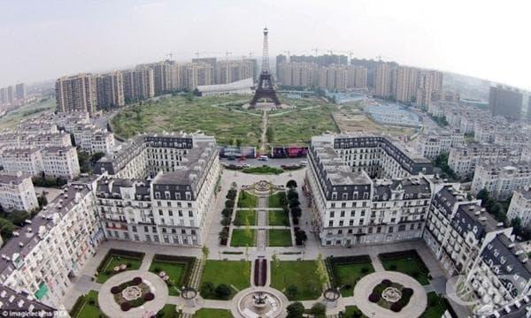 Китай има мисия - да създаде копия на най-емблематичните градове от цял свят - изображение