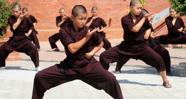 Кунг Фу монахините от Непал - изображение