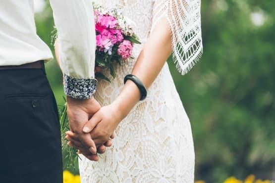 Двойките, които пилеят повече пари за сватба, се развеждат по-често - изображение
