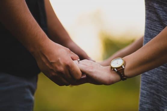 Четири невербални улики, че връзката ви е към края си - изображение
