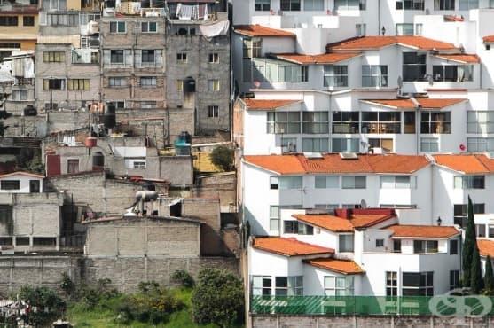 Фотограф снима с дрон, за да покаже  разделението между бедни и богати - изображение