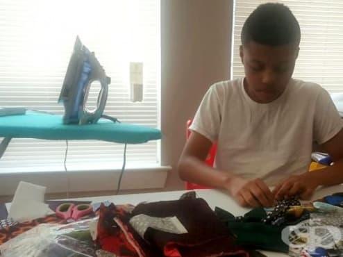 12-годишно момче изработва  папийонки за четириноги, за да им помогне да си намерят дом - изображение