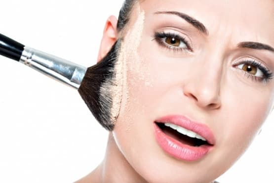 3 лесни начина за постигане на траен грим при кожа, склонна към омазняване - изображение