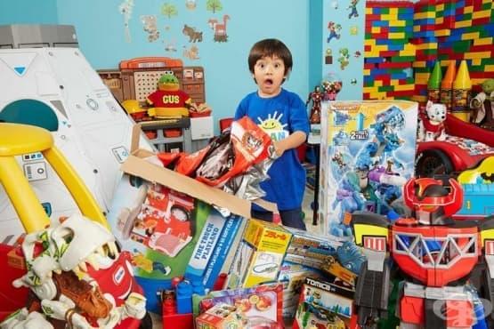 6-годишно момче стана милионер с представяне на играчки в YouTube - изображение