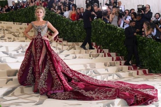 """""""Met Gala 2018"""": най-зашеметяващите и най-нелепи облекла  - изображение"""