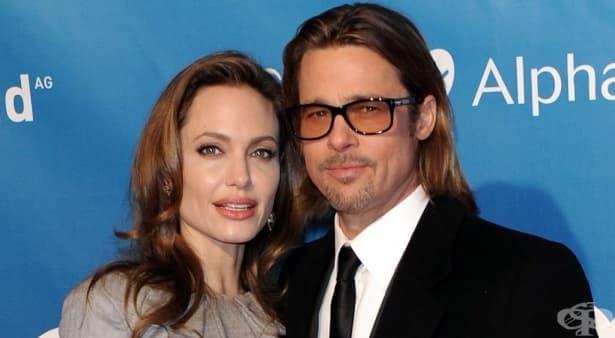 Анджелина Джоли разкрива подробности за трудната раздяла с Брад Пит - изображение