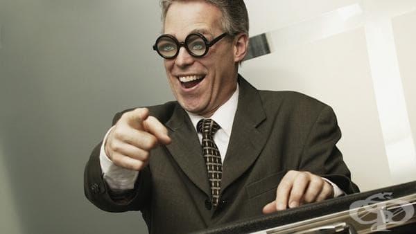 7 признака, че сте особняка на работното място - изображение