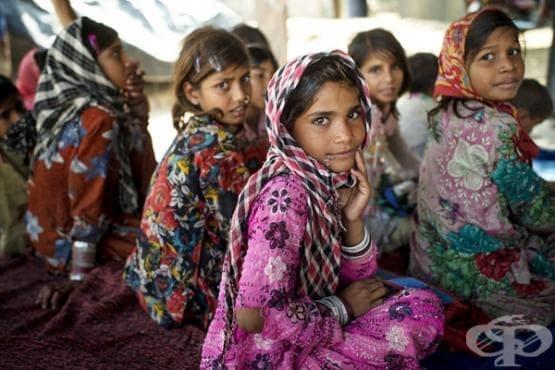 Ето как момичетата ходят на училище по света (1 част) - изображение