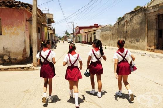 Ето как момичетата ходят на училище по света (2 част) - изображение