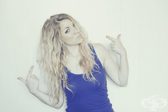 Как да използваме дифузер за много права коса - изображение