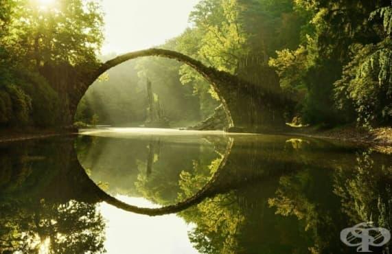 Дяволският мост в парка Кромлоу, Германия - изображение