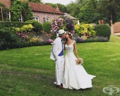 Вижте снимки от сватбата на Гай Ричи и модела Джаки Ейнсли - изображение