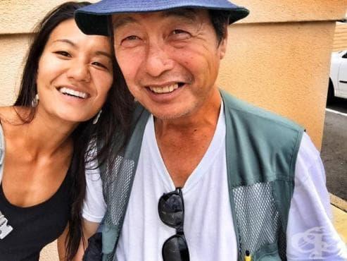 След  10 години фотографиране на бездомници, фотографка открива собствения си баща измежду тях (галерия) - изображение