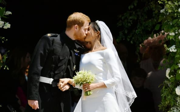 """Кралска сватба по холивудски: Принц  Хари и Меган Маркъл си казаха заветното """"да"""" - изображение"""