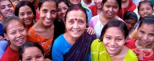 Майка Тереза на Непал - жената, която спасява 18 000 жени от сексуален трафик - изображение