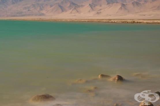 Мъртвото езеро в Азия - изображение