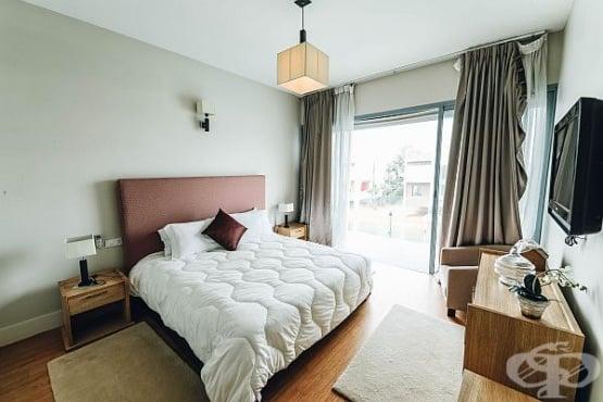 Неутрални цветове за спалня, които изключват бежово - изображение