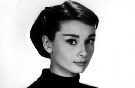 Различната женственост – притегателната сила на образа на Одри Хепбърн - изображение