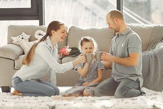 Как да кажете на детето си, че е осиновено? - изображение