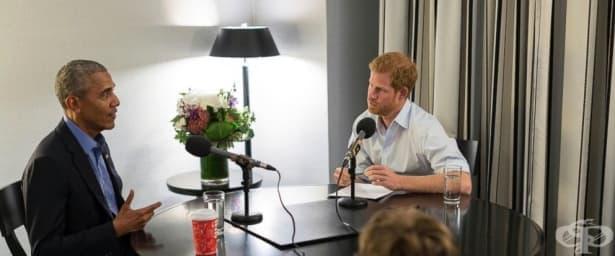 Принц Хари в ролята на журналист – интервюира Барак Обама - изображение