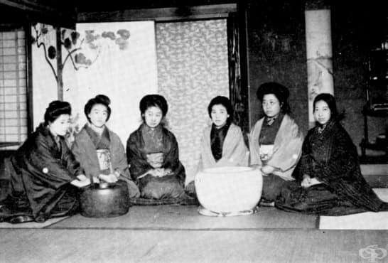 Списанието Seito,  което поставя началото на феминисткото движение в Япония - изображение
