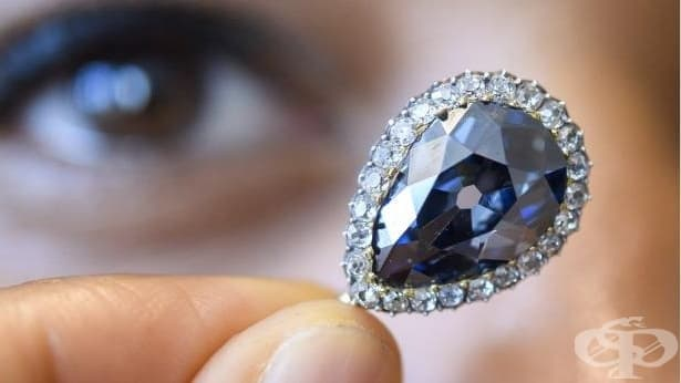 Продадоха рядък син диамант за рекордната сума от 6,7 млн. долара  - изображение