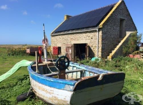 Издирва се! Франция търси младо семейство, което да живее на самотен остров - изображение