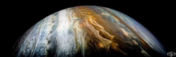 Космическата сонда Джуно изпрати невероятни нови снимки на Юпитер - изображение