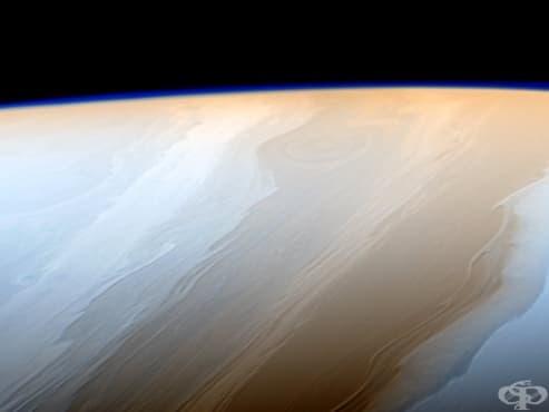 Сондата на НАСА Касини изпрати невероятни близки снимки на Сатурн и пръстените му - изображение