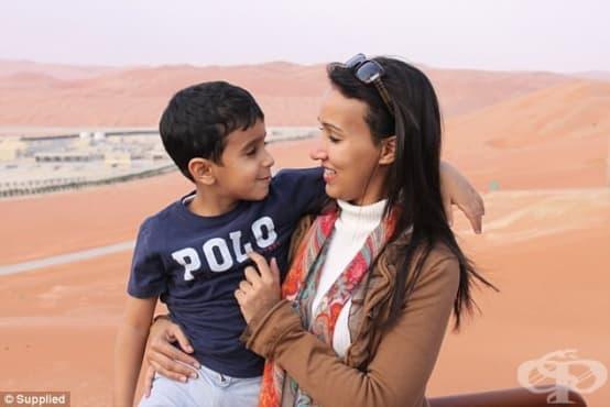 Да се осмелиш да шофираш: Тази жена губи детето си, защото сяда зад волана в Саудитска Арабия - изображение