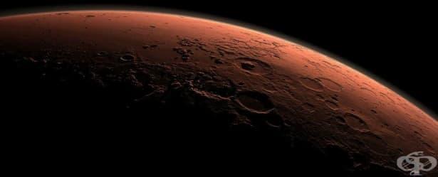 Учените откриха вода на Марс там, където е невъзможно да има - изображение
