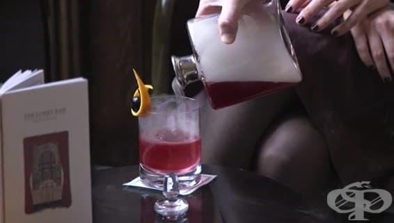 Лондонски бар смесва коктейл от уиски с виртуален привкус - изображение
