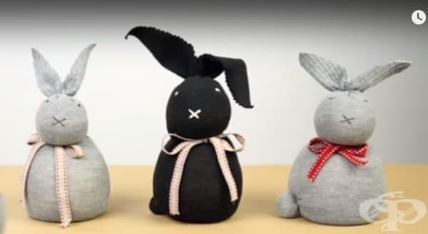 Как да си направим зайче от чорап, без шиене? - изображение