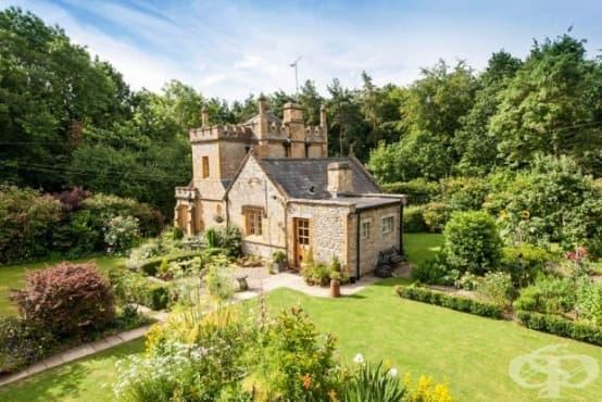 Най-малкият замък в Англия се продава и струва не повече от средно голям апартамент в Лондон - изображение