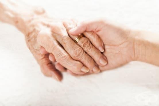 Изобретиха ръкавица срещу треперене на ръцете при Паркинсон  - изображение