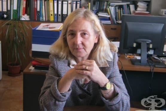 Проф. Мира Кожухарова: Никъде по света не се произвеждат отровни ваксини - изображение