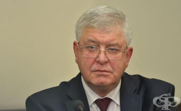 Кирил Ананиев: Мораториумът се налага, никой няма да бъде лишен от лечение - изображение