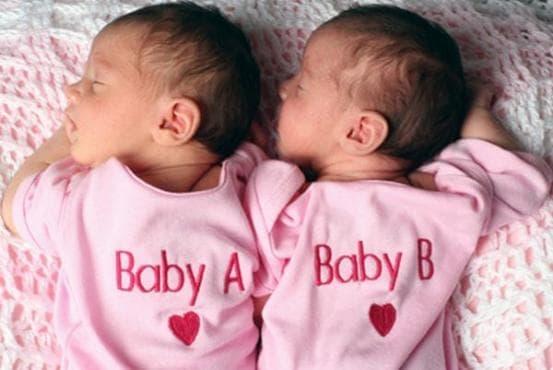 43-годишна пловдивчанка роди естествено близначки - изображение